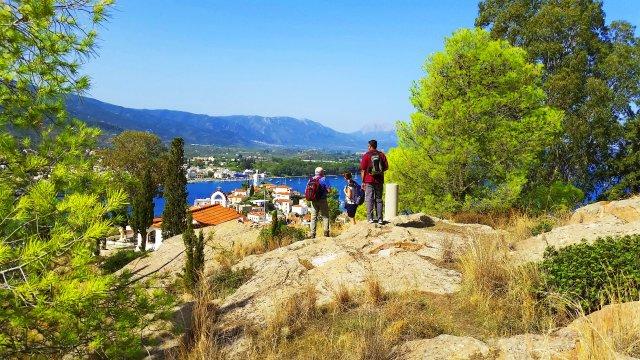 Wanderung nach Poros-Stadt