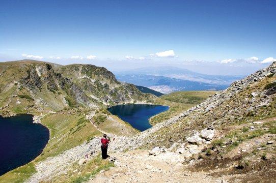 Wanderung zwischen Gipfeln und Bergseen