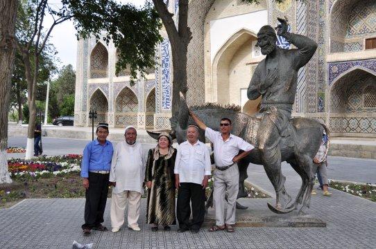 usbekische Touristengruppe_2