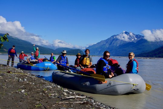 Alaska-rafting-copper-river
