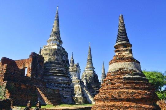 In den Ruinen von Ayutthaya