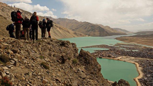 Yashilkul-Damm auf der ersten Trekkingetappe