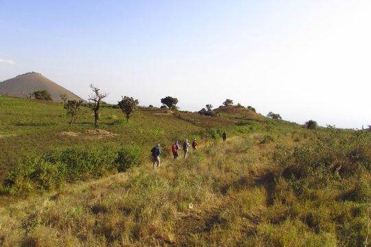Wandergruppe in den Chyulu Hills_2