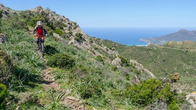 Sardinien-MTB-Urige-Trails-mit-Ausblick