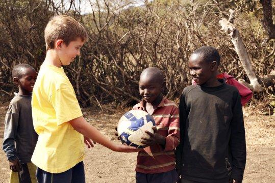 Dorfbesuch Fussball verbindet_2