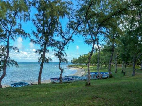 Rodrigues-Bucht-und-Boote