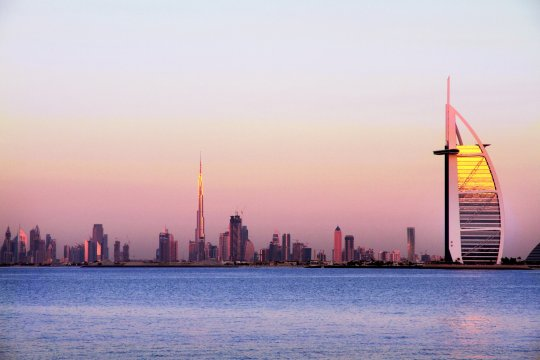 Burj Al Arab und Burj Khalifa in Dubai