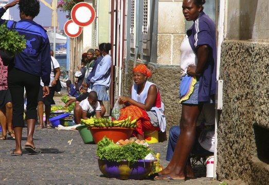 Sao Vicente Markt Strasse Frauen_2