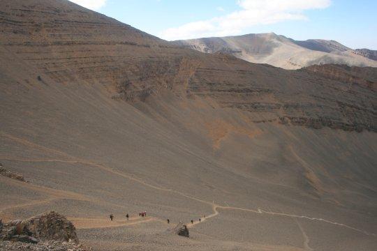 Weg zum Kamm und Gipfel des Mgoun