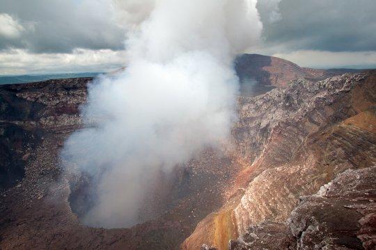 Santiago Krater in Masaya, Nicaragua