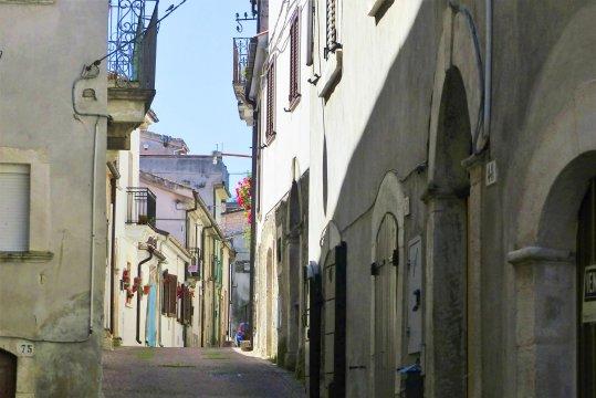 Dorfstrasse Abruzzen_2