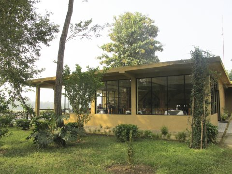 Terrai Chitwan Into the Wild Eco Resort Speisesaal_2