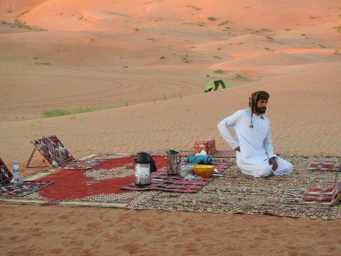 Arabische Pause in der Rub Al-Khali