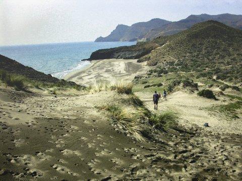 Abstieg zur Cala Barronal