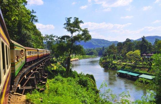 Mit der Death Railway am River Kwai unterwegs