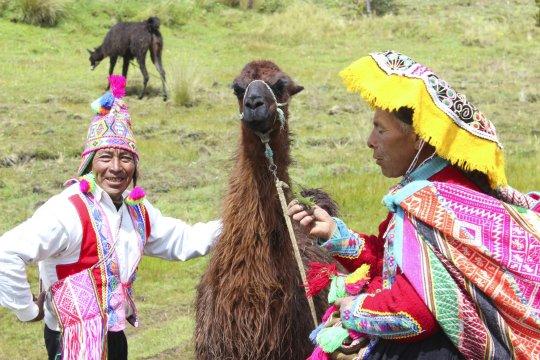 Dorfbewohner mit Lama_2