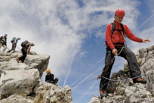 Klettersteigset Innsbruck : Innsbrucker klettersteig im karwendelgebirge
