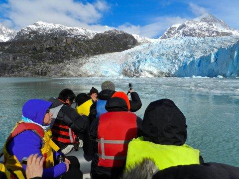 Jetboot zum Leones Gletscher