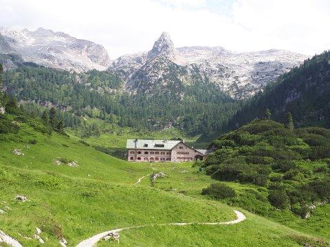 sterreich-Alpen-Kärlingerhaus