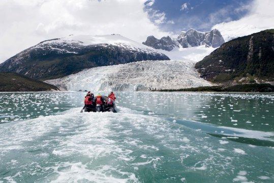 Australis Zodiac Pia Glacier_2