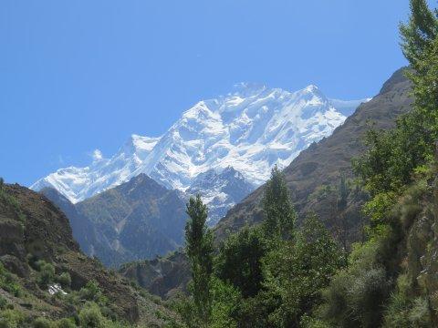 Nordflanke des Rakaposhi vom Hunza-Tal aus