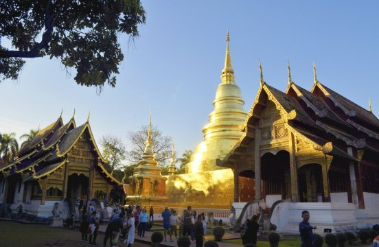 Abendstimmung im Wat Phra Singh in Chiang Mai_2