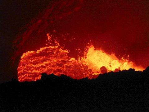 Masaya Vulkan bei Nacht