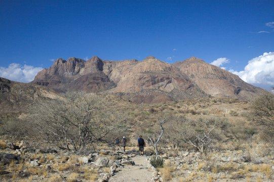 Namibia-Hohenstein-Lodge-Wanderung-Weg