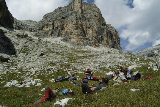 Verschnaufpause auf Klettersteigtour_2