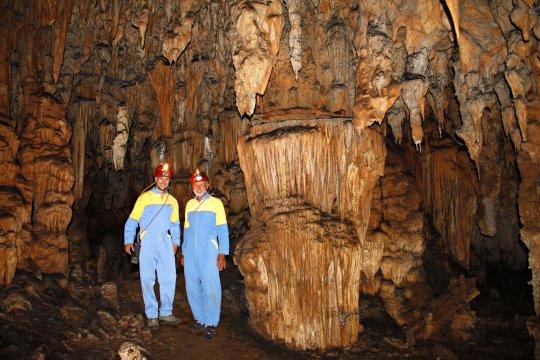 In der Tropfsteinhöhle Modric