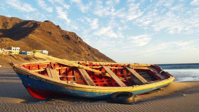 Sao Vicente Fischer Boot Strand