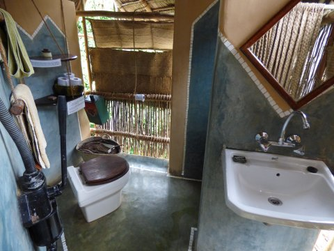 Tansania-Sansibar-Chumbe-Island-Komposttoilette