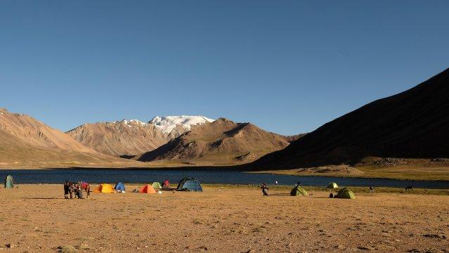 Camp an den Uchkul-Seen