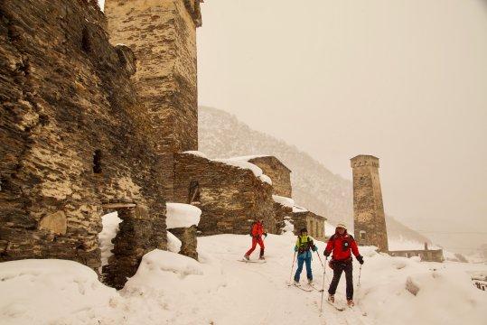 Georgien-skitour-ushguli-dorf