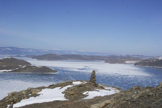 der zugefrorene Baikal