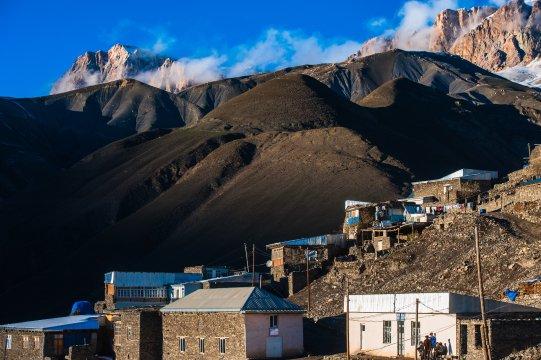 Häuser im Dorf Khinaliq