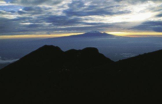 Blick von Mt. Meru zum Kilimanjaro 2
