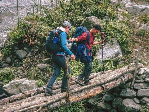 Brückenüberquerung Climate Trek