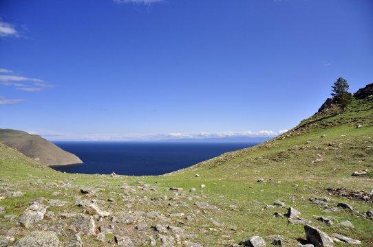 der weite blaue Baikal