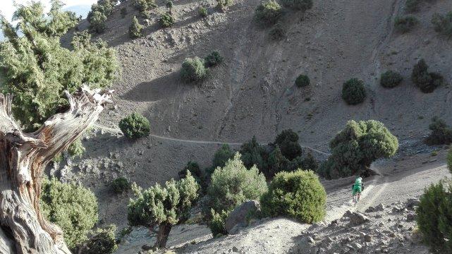 Marokko-MTB-Schotterpiste-im-Toubkal