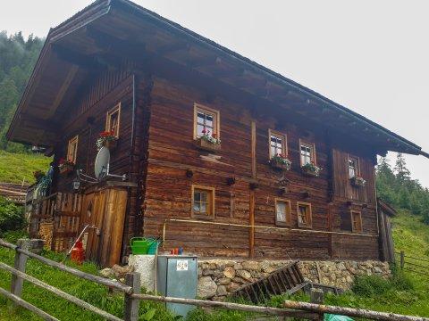 sterreich-Alpen-Almhaus