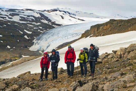 Wanderer am Gletscher