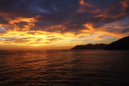 Mediterraner Sonnenuntergang