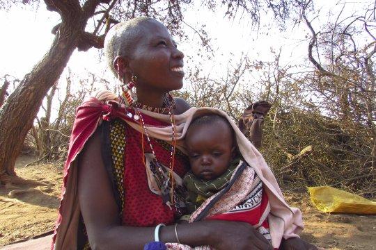 Massai Frau mit Kind