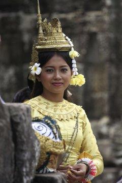 Kambodscha MTB Traditionelle Tracht