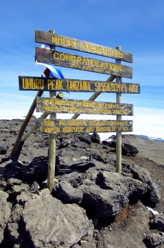 Uhuru Peak Schild