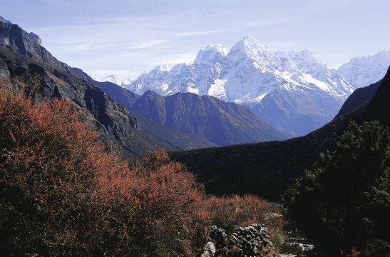 Blick von Thame in Richtung Kantega und Tamserku