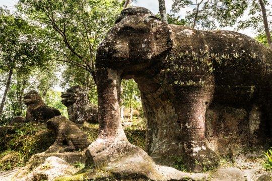 Elefantenstatue im Phnom Kulen Nationalpark
