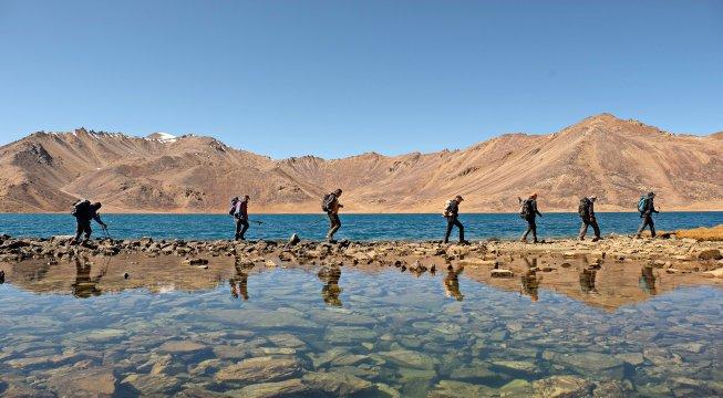 Wandergruppe am See Chapdarkul