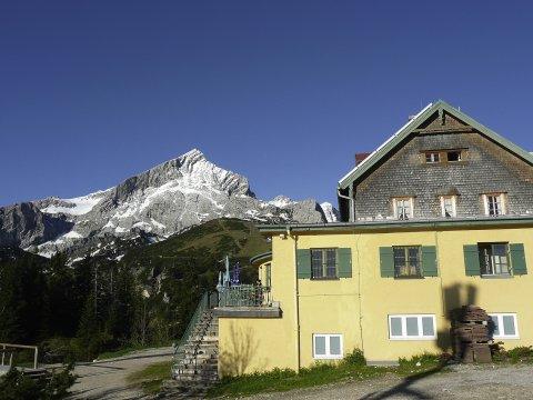 Kreuzeckhaus 2